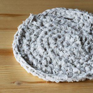 編み物の鍋敷き